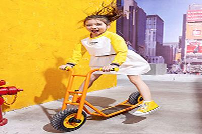 开一家儿童服装店需要多少资金 武汉艾尼尼童装公司给你致富良机