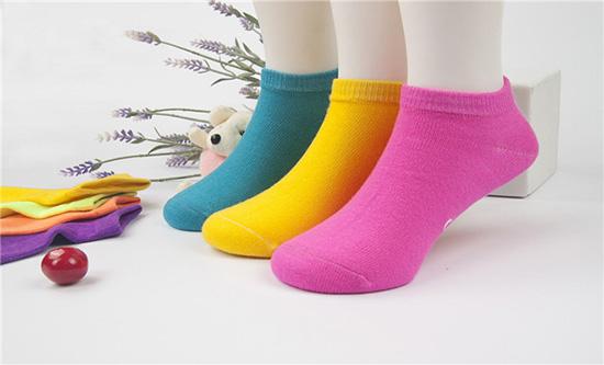 徐州皓艺袜业将服务与品质都做到更好