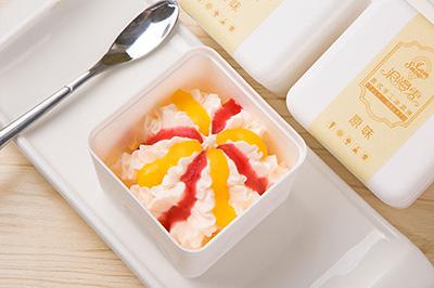 选择浪漫雪意式冰淇淋怎么样?给你致富良机