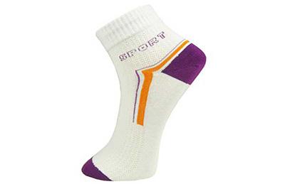 莉莎菲妮袜业品牌发展之路